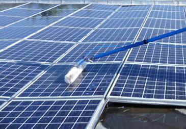 Nettoyage des panneaux photovoltaiques
