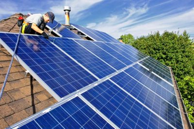 Installations photovoltaiques et tarifs de rachat de l'électricité